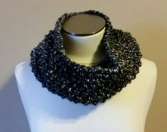 Handmade Black and WhiteKnit Cowl/ Black Chunky Knit Cowl/ Black Chunky Cowl Scarf/ Black and White Scarf/ Knit Cowl/ Ready to Ship Cowl
