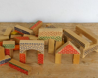 Vintage wooden toy building blocks.Old Baby blocks lot.Nursery decor.Childrens wood toy.Baby shower gift.Home decor.Photo prop.Mid century