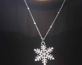 Large Silver  Snow Flake Pendant Necklace, Crystal Snow Flake Pendant