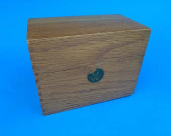 FREE SHIPPING, Vintage Recipe Box, Wood Storage Box, #10