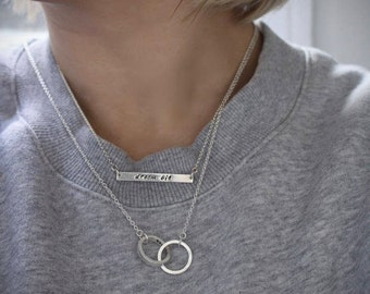 Infinity circle necklace.Interlocking rings.Personalised jewellery.Personalised necklace.Name necklace, id necklac.Custom necklace.