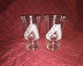 2 Hand Etched Arizona Diamondbacks Pint Glasses!