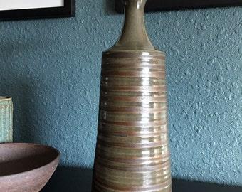 Large Unusual Jaru Pottery Vase