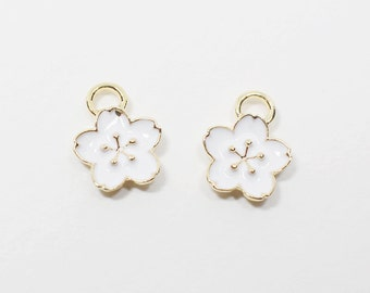 P0533/Anti-Tarnished Gold Plating Over Pewter+ Epoxy/Cherry blossom Pendant/9x11mm/4pcs