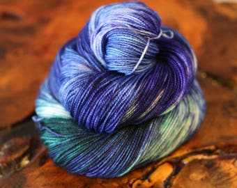 Hand Dyed 2 OAK, 80/20 Sock, Super Wash Merino, Nylon, Knitting, Crochet, Sock Yarn