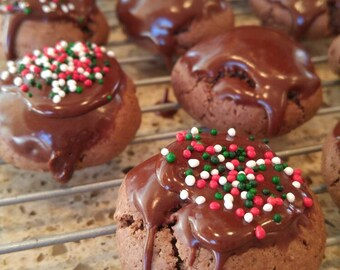 Chocolate Meatballs! (Italian Chocolate Clove Cookies)