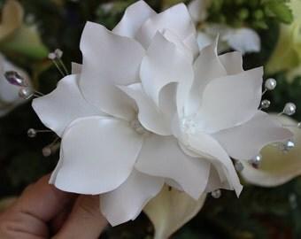 Weddings,Magnolia hair flower, Bridal hair comb, Flower hair comb, Satin flower comb, Ivory comb, Wedding hair comb, Floral hair comb.