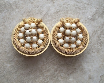 "Vintage Milk glass Earrings,Gold tone,1 1/4"" by1 1/8"",costume jewelry,clip on,mesh design,knot"