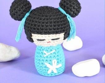 Kokeshi, kokeshi doll, japanese doll, amigurumi pattern, crochet pattern, amigurumi, doll, japanese dolls, kawaii, chibi, pattern