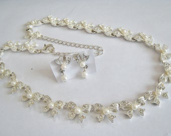 Avon Pearlesque and Rhinestone Necklace & Pierced Earrings