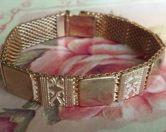 Victorian Mesh Bracelet Gold Filled Victorian Etched Panel Gold Mesh Bracelet