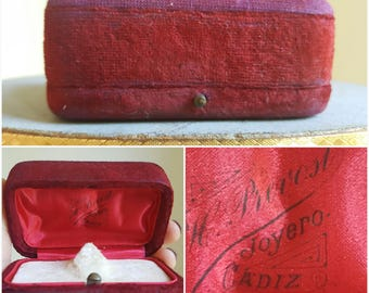 Antique Spanish Red Velvet Jewelry Box Jewelry Display Box Ring Display Storage Jewelry Case Vintage Jewelry Display Antique Ring Box