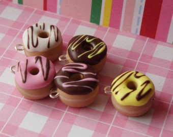 5 Scented Donut Charms