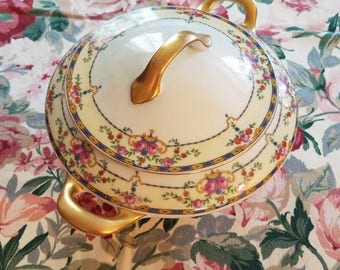 Antique Warwick Czechoslovakia Victoria China soup toureen rose pattern