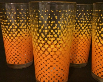 RETRO Style Orange Fading Dots Glass set of 4