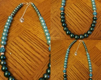 Two Tone Blue Disco Pearl Necklace