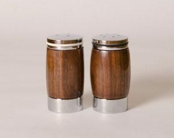 Elegant Salt n Pepper Shaker-Wood Salt n Pepper Shakers-Salt and Pepper Shakers- Handmade Shakers-Shakers for Gifts-Wedding Gifts -6 -304