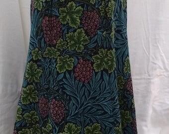 Plus Size, LONG MODEST SKIRT, size 20, Grape Vine Print, Side Pocket, Flared Skirt, Durable, Blue/Green/Purple, 6 panel skirt, gored skirt