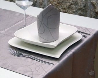 Luxury Silver Table Runner - Anti Stain Proof Resistant - Pack of 2 units - Ref. Lines - Large hem