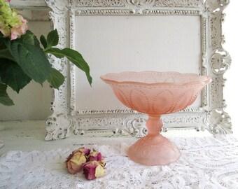 Vintage glass bowl foot shell glass bowl