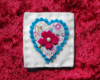 Small Pink and Blue Floral Heart Brooch