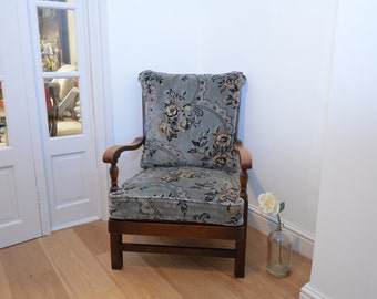 Beautiful Vintage Armchair / Occasional chair