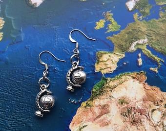 World travel worldglobe earrings - travel gift - globetrotter - explore - adventure!
