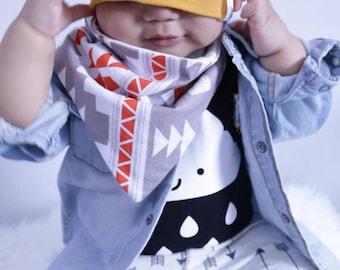 Aztec Bandana Bib - Baby Bibs - Baby Shower Gift - Bib Arrows - Bib Mint - Babys Bibs Handamade - Baby Drool Bib - Bibdana - Baby Bibdana