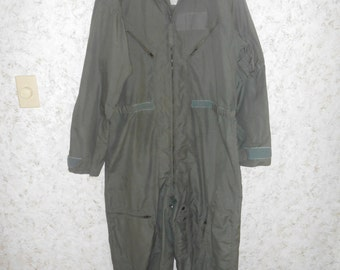 Vintage 1980s Military Jumpsuit Army Drab Green Coveralls Overalls Mechanic Hip Hop Retro Flight Flyer Mens Size 44 R