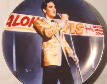 "Elvis Presley 'Performance Collection' ""Benefit for the USS Arizona"" Plate - NIB"