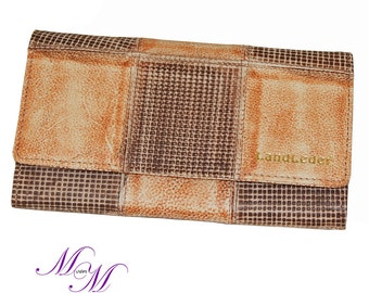 Wallet OLIVIA for women made from brown leather