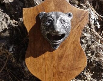 Bear Head Trophy Mount Magnetic Wall-mounted Bottle Opener