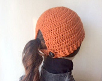 Orange Ponytail Crochet Hat/Orange Messy Bun Crochet Hat/Ponytail Hat/Messy Bun Hat/Ladies Ponytail Hat/Orange Crochet Hat/Messy Bun Beanie