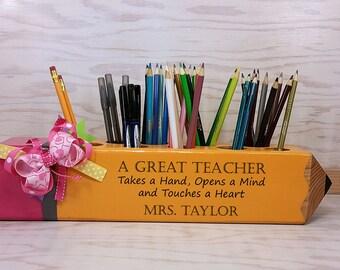 Mohter's Day gift, Teacher Sign, Teacher Appreciation Gift, Personalized Gift, Decor, Classroom Decoration, organizer Teacher Gift