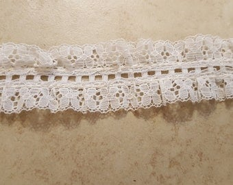 White Lace Ruffle Trim