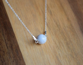 Silver Minimalistic necklace with Howlite