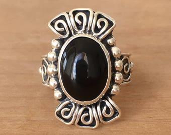 Onyx Silver Ring, Black Onyx and Sterling Silver Ring, Black Onyx Ring, Round Onyx Ring, Onyx Ring, Adjustable Ring, Gemstone Ring, Boho