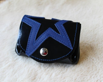 black leather change purse with navy blue star