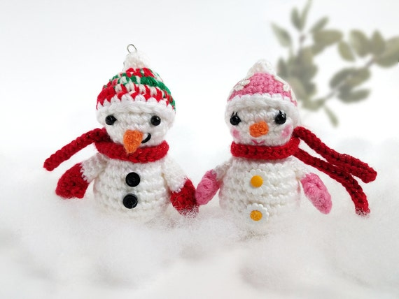 Cute Snow Couple Keychains / Crochet / Snowman / Amigurumi