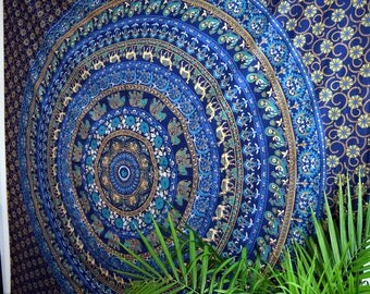 Tapestries / Tapestry / Wall Tapestries / Wall Tapestry / Boho Decor / Bohemian Decor / Wall Tapestry Art / Mandala Tapestry / Queen Size
