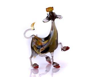 glass  cow animal figurine Handmade blown glass gift - cow figurine, doll-house sculpture miniature glass aniamal farm animal glass cow