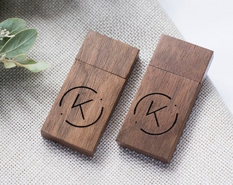 10x Walnut Wooden USB drives with engraving