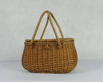 French vintage small wicker basket, ca 1950