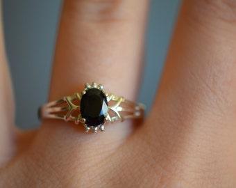 Very Dark Sapphire Gemstone 925 Silver Ring, US Size 8.0, Used Vintage Jewelry