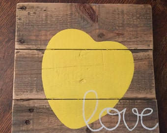 Heart Pallet sign-mini
