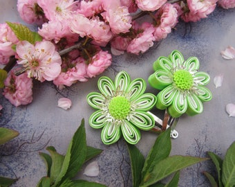 SUMMER SALE Lime Hair Clip, Green Hair Clips, Daisy Hair Clips, Cute Flower Clips, Flower Hair CLips, Infant Gift, Child Gift