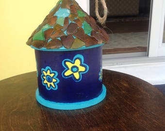 Birdhouse with sea glass roof