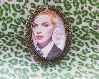 Annie Lennox Eurythmics bronze brooch