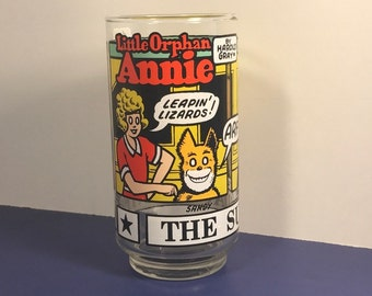 LITTLE ORPHAN ANNIE vintage glass cup Daddy Warbucks Asp Punjab 1976 Sunday Funnies Sandy Retro vintage collectible