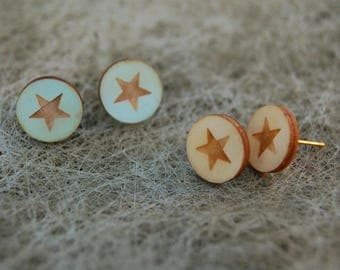 Round studs in wood - several prints!